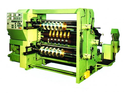 Spur gears in roll cutting and winding machines