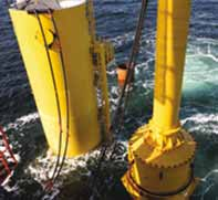 Bearing segments in deep-sea hammer